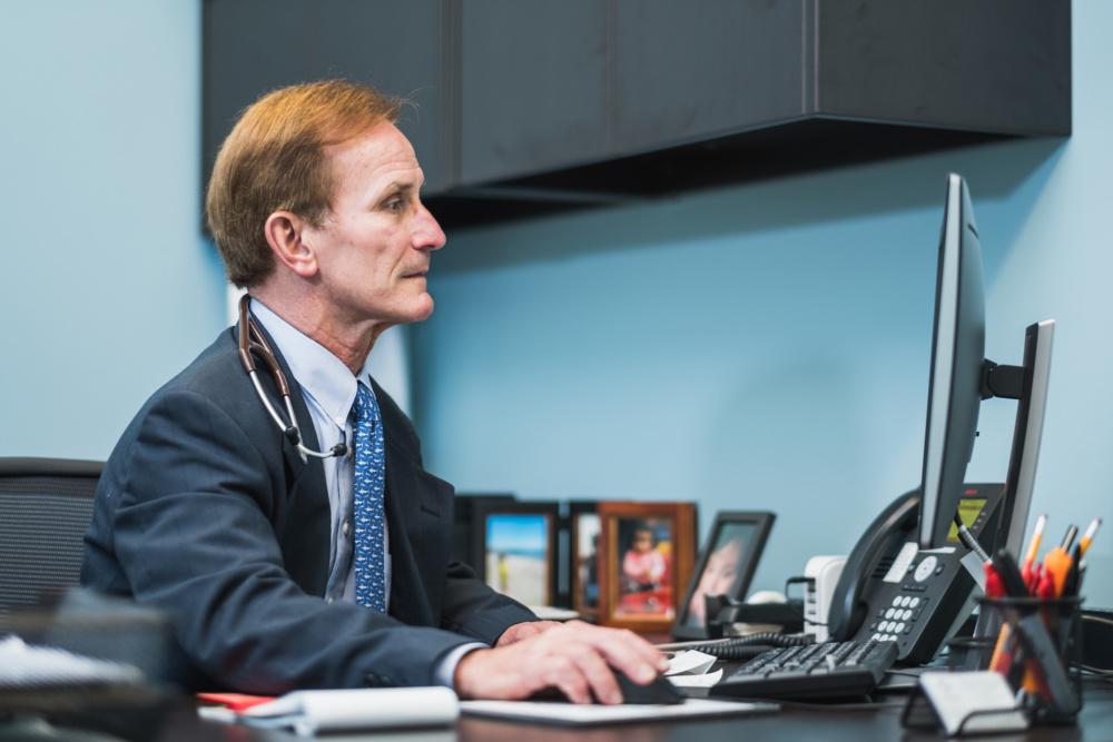Dr Lonnie Schwirtlich Revolutionizes Emergency Medicine
