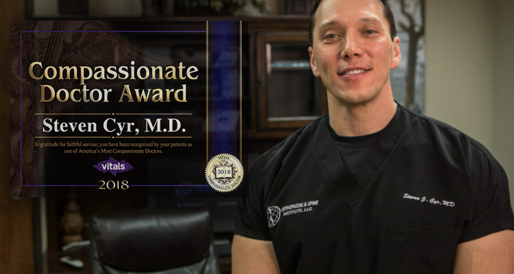 Dr. Steven Cyr Receives Vitals Compassionate Doctor Award